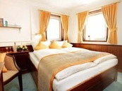 Double Bed Cabin (1)