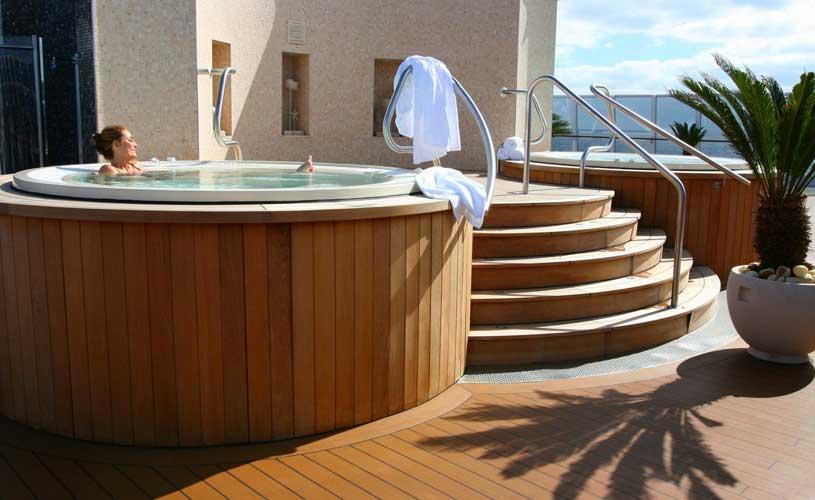 Oceania private terrace