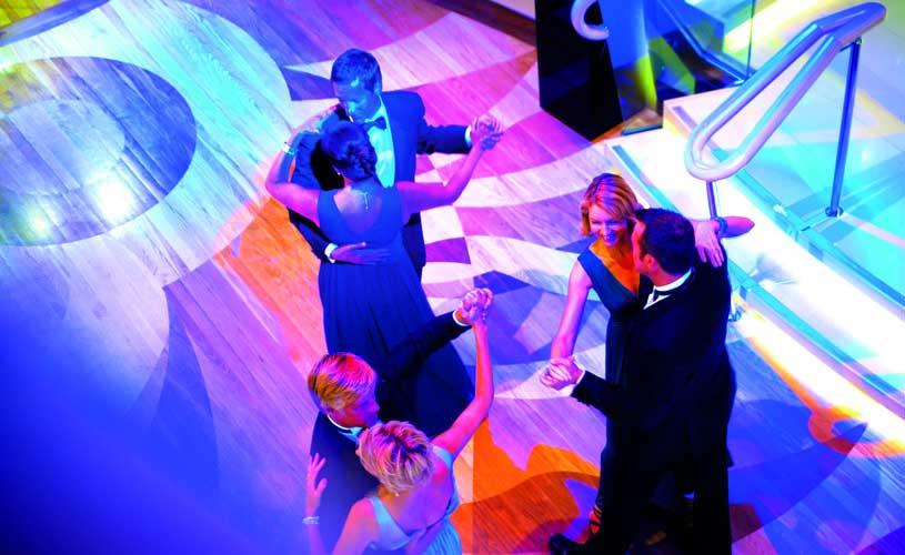 P&O Azura Dancing