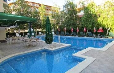 Aurelia Hotel