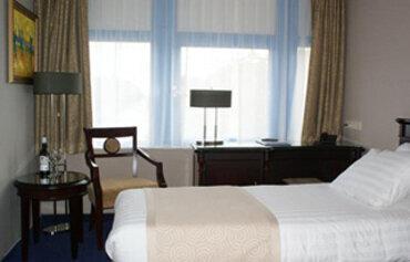 Best Western Blue Square Hotel