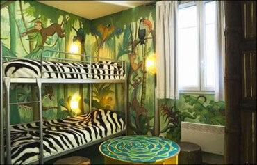Explorers hotel disneyland paris hotel hays travel for Chambre de hotel france