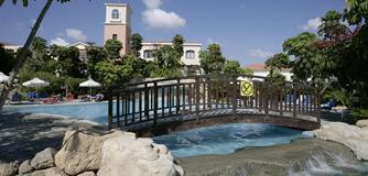 Avanti Holiday Village Special Offer