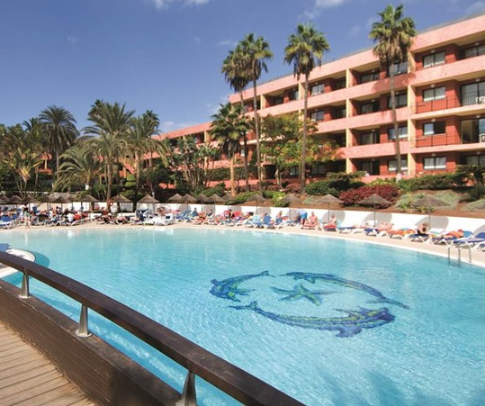 The Recently Renovated 4 Star Hotel La Siesta Is In Por Resort Of Playa De Las Americas Tenerife And Just 250 Metres From Seaside Nearest