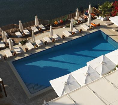 5* Londa Beach Hotel