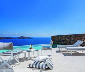 Elounda Gulf Villas & Suites Special Offer