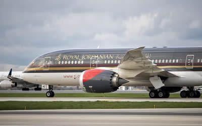 Flight into Amman Airport