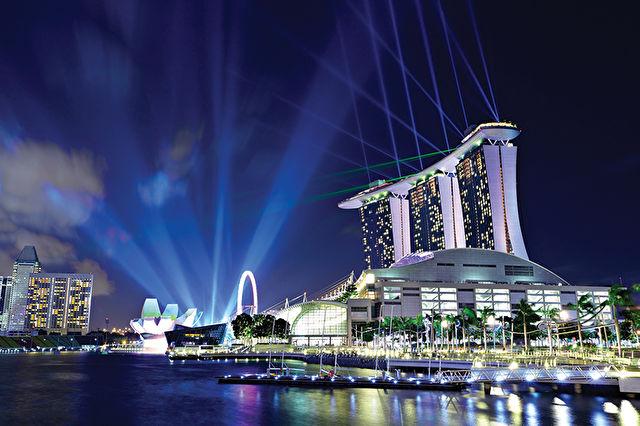 Singapore to Hong Kong Stay & Cruise