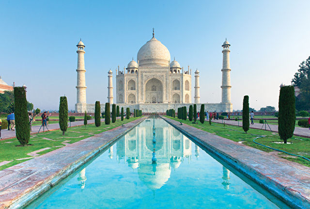 Colours of India Delhi to Kolkata