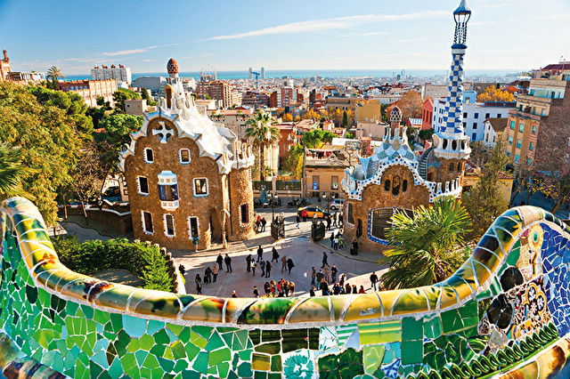Barcelona Stay with Western Med Cruise
