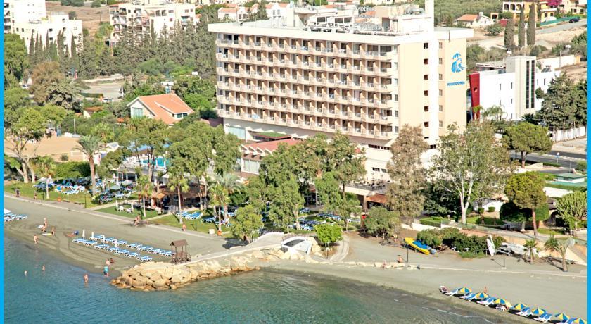 5* Poseidonia Beach Hotel